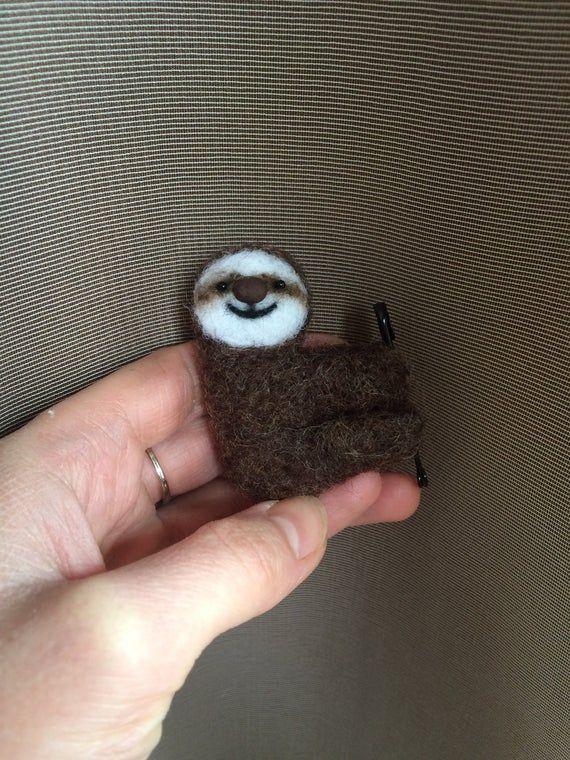 Felted sloth. Felt brooch sloth. Felted animals. Sloth pin. Cute sloth. Christmas gifts. Sloth christmas ornament. Xmas decor. Xmas #cutesloth Felted sloth. Felt brooch sloth. Felted animals. Sloth pin. Cute sloth. Christmas gifts. Sloth chris #cutesloth