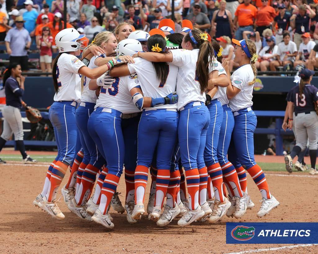 11393370 640771109355834 2572431454401148809 O Jpg 1024 819 With Images Florida Gators Softball Ncaa Softball Softball Uniforms