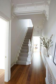 Tapis Pour Escalier Gris, Escalier Dans Le Couloir, Escalier Design  Intérieur Galerie De Photos