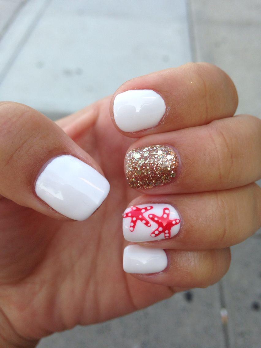 White Nails With A Cute Starfish Design Beach Nails Toe Nails Cruise Nails