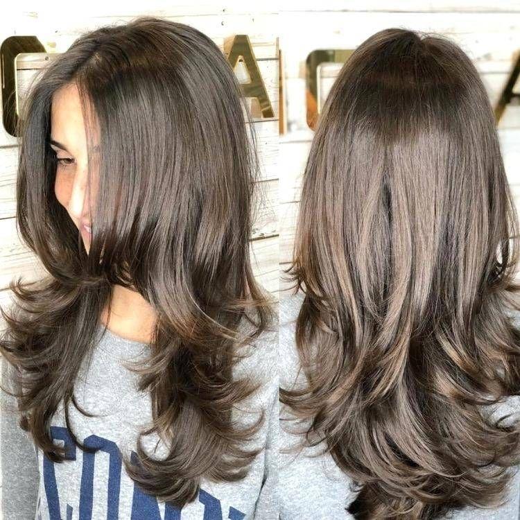 Frisuren Fur Lange Haare 30 Ideen Fur Tolle Stufenschnitte Gestufte Haare Haarschnitt Lange Haare Frisuren Lange Haare Stufen
