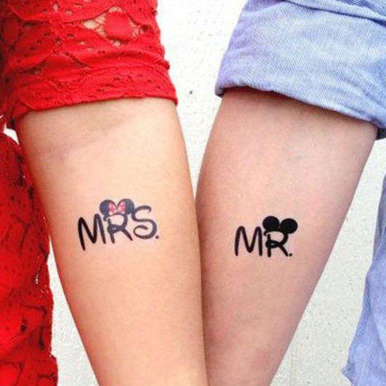 30 tatouages de couples pour montrer son amour au grand. Black Bedroom Furniture Sets. Home Design Ideas