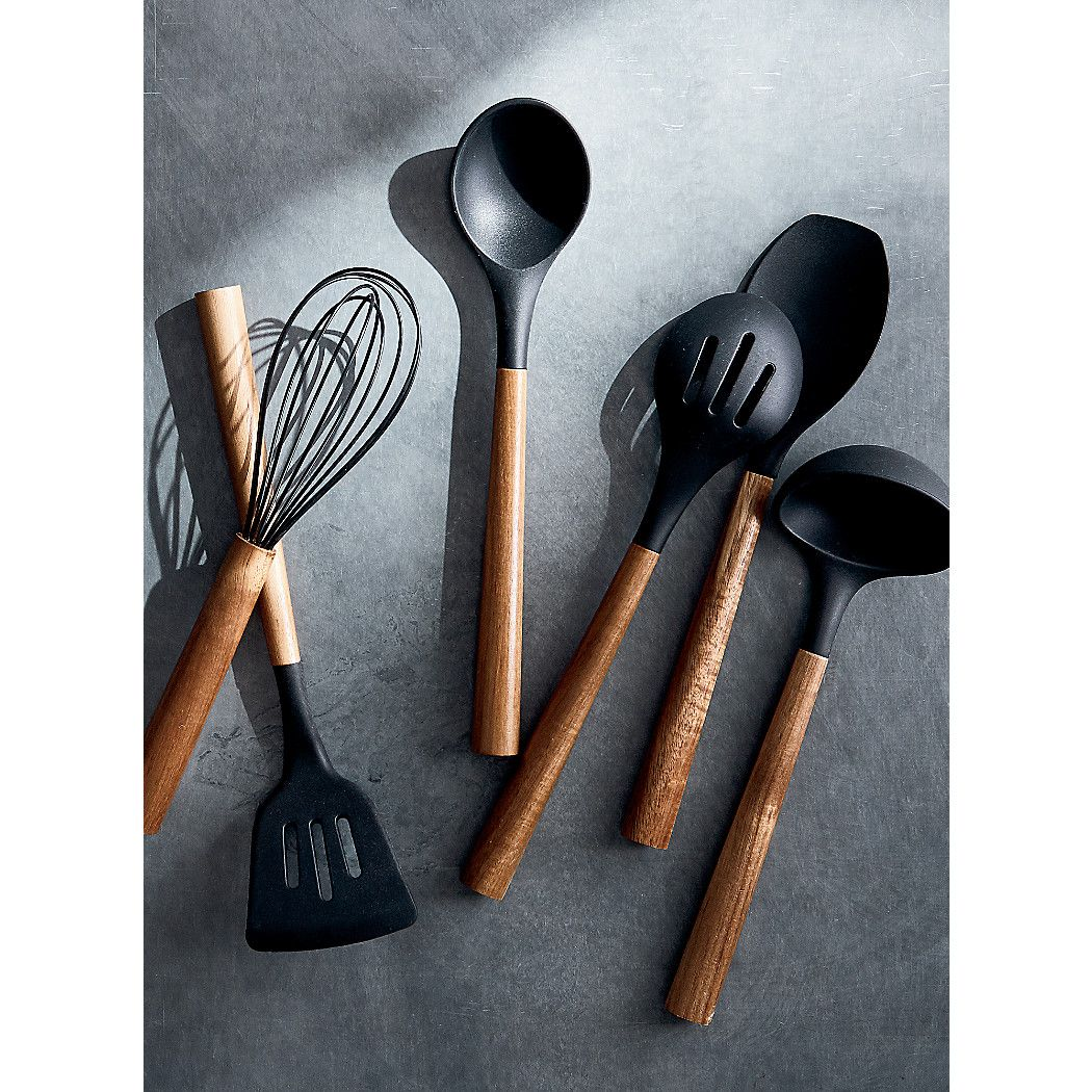 Black Silicone Ladle with Acacia Handle + Reviews Crate