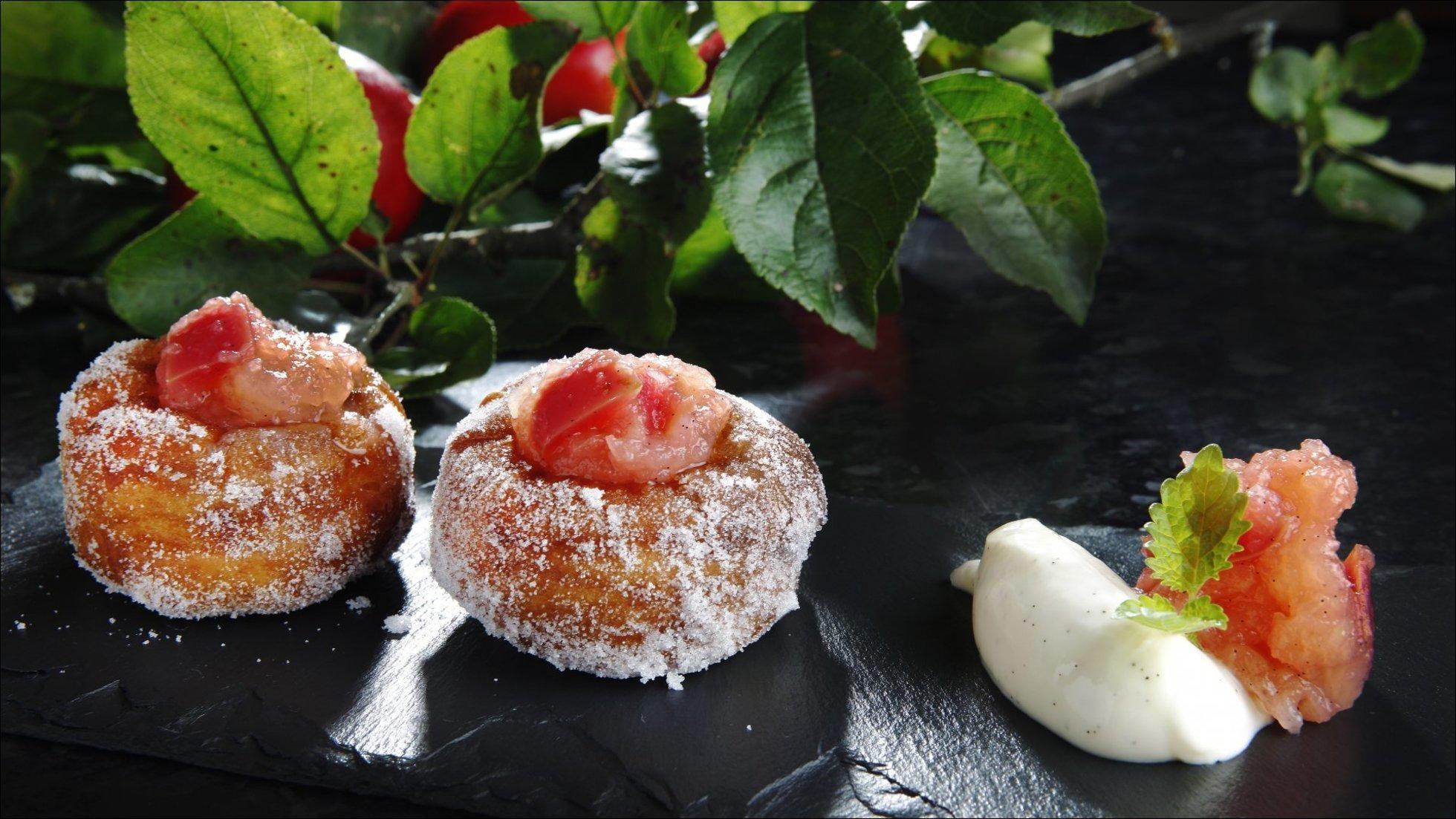Berlinerboller med eplemos