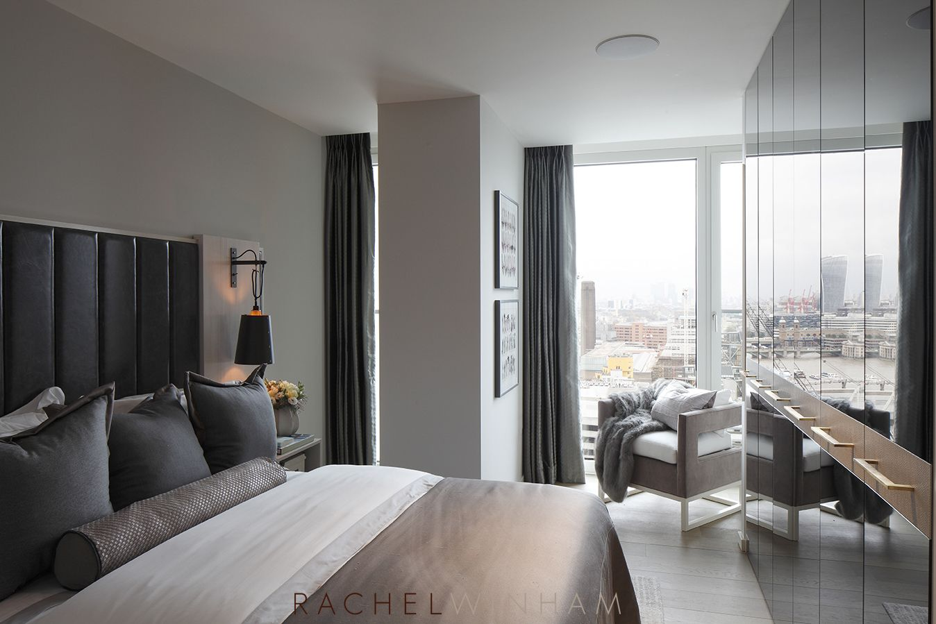 Room Contemporary bedroom at Southbank Tower