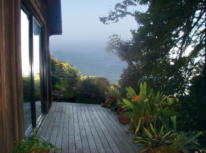 Big Sur Cabin Rental   Outside Deck With Garden And Ocean Views