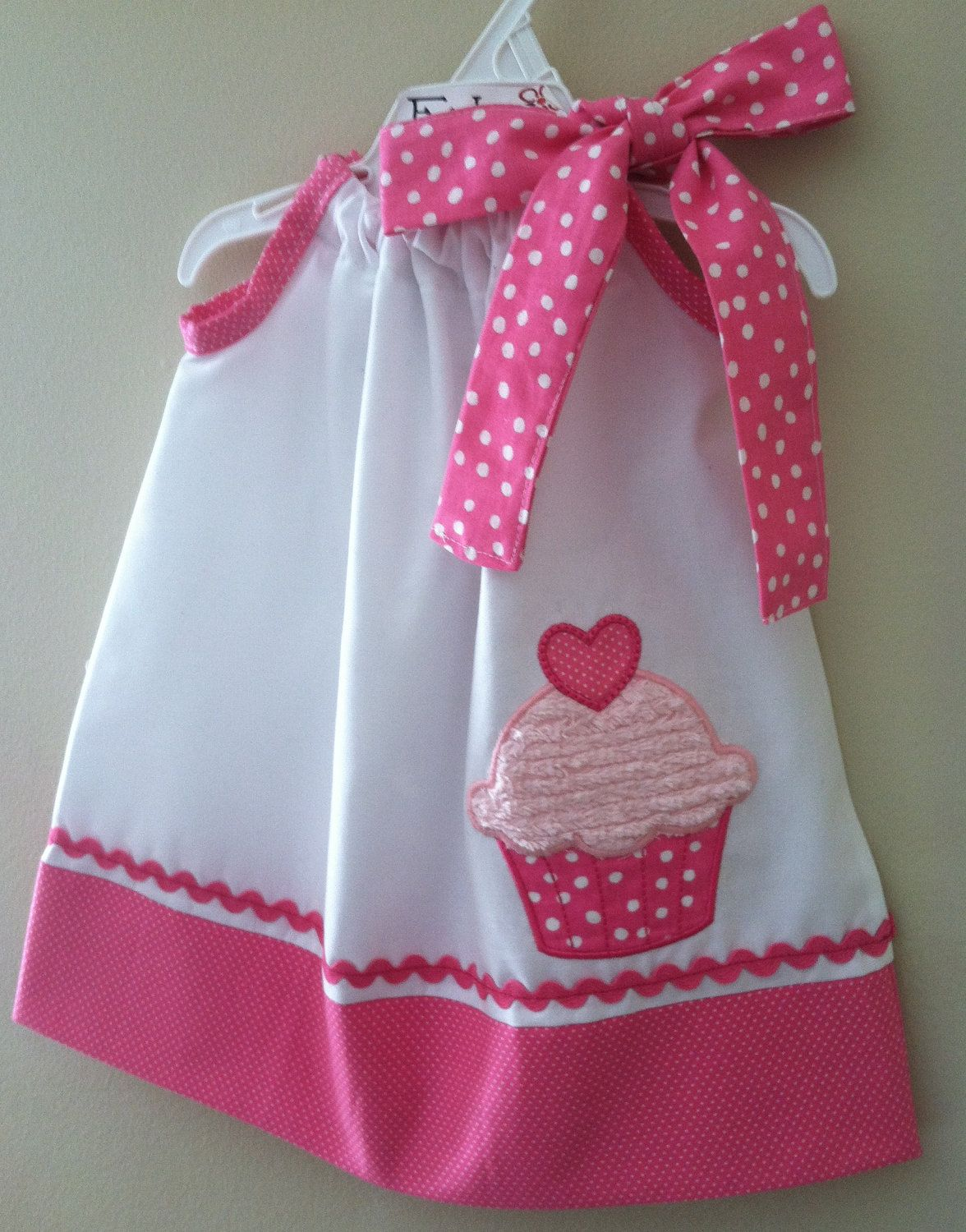adorable new cupcake pillowcase style dress kinderkleider pinterest kinder kleider dinge. Black Bedroom Furniture Sets. Home Design Ideas