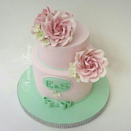 Pink roses engagement cake