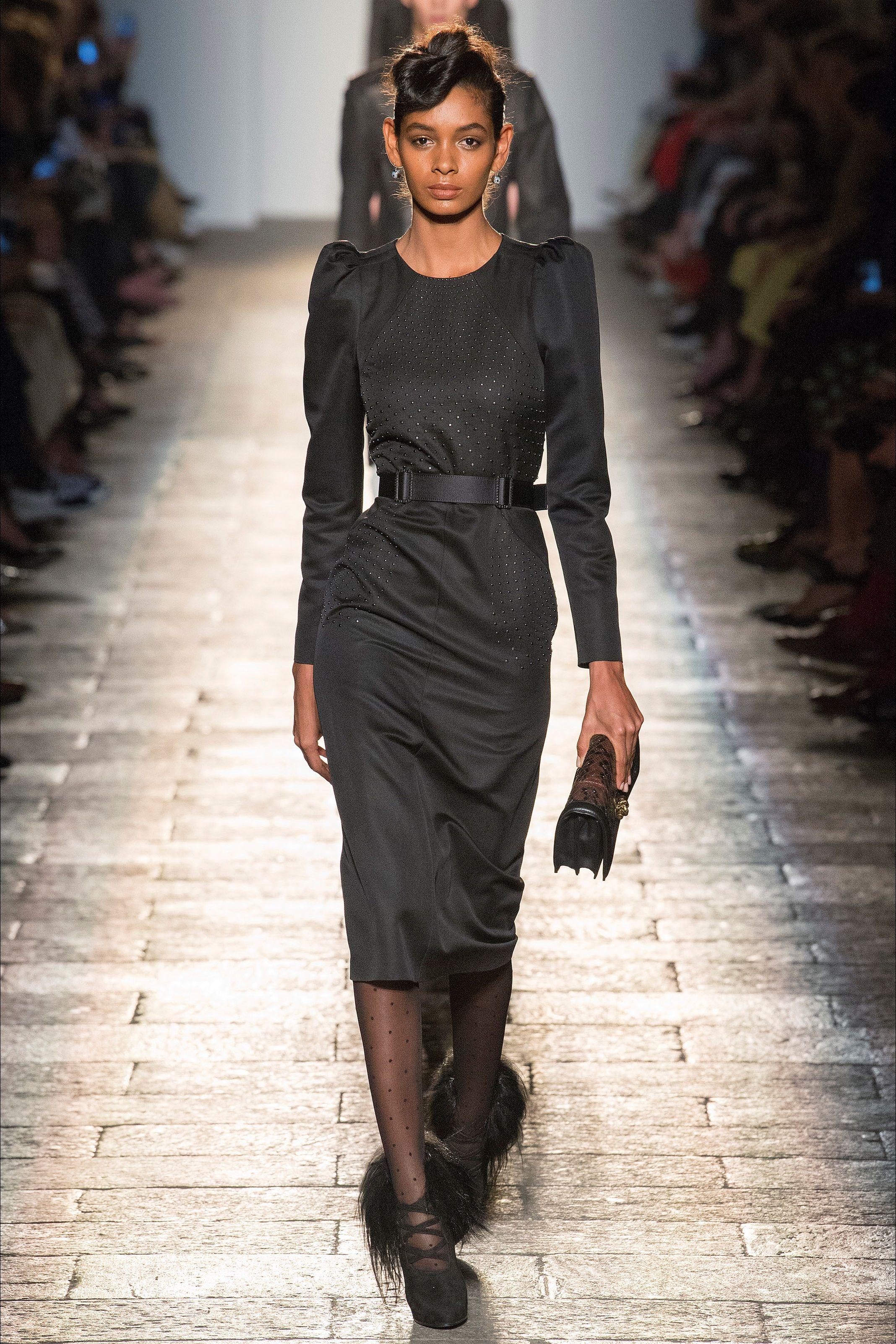 half off 36896 973a9 Bottega Veneta - Black dress FW Collection 2017-18   Dressy ...