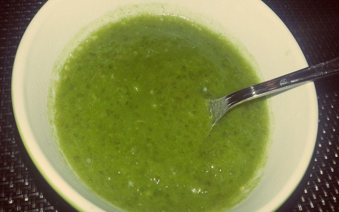 Soupe de poireaux au tapioca  http://www.la-cuisine-des-delices.eu/les-entrees/soupe-aux-poireaux-et-tapioca