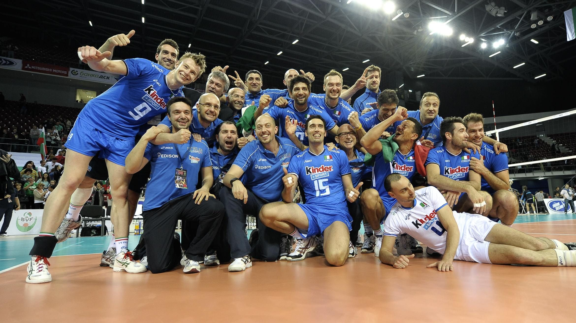 Italian Volleyball Team With Images Volleyball National Championship Volleyball Volleyball Team