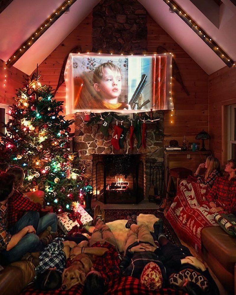 Home Alone Movie Christmas Season Cozy Christmas Christmas Wallpaper Christmas Lights