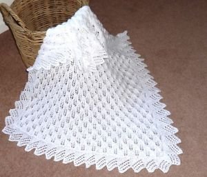 ab3444573 Easy Heart Baby Blanket Knitting Pattern - love this edging