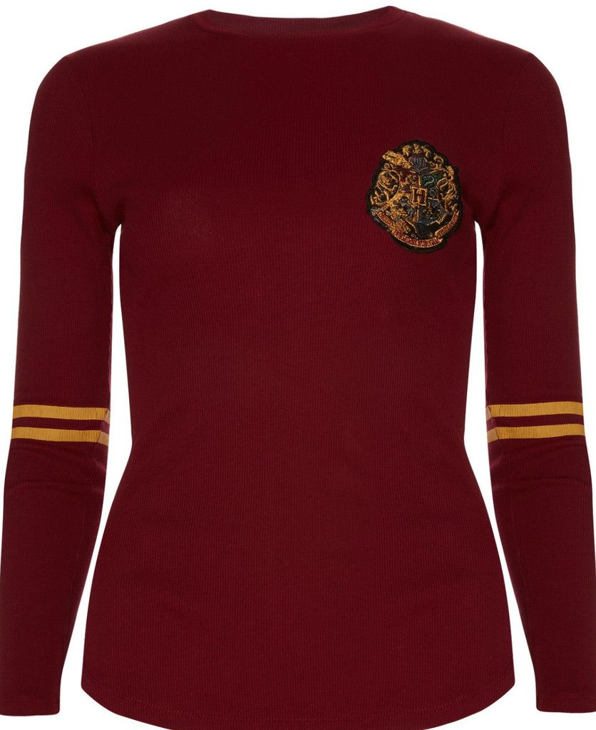 Primark Harry Potter Gryffindor Quidditch Burgundy T Shirt Tee Top 6 20 Harry Potter Outfits Harry Potter Shirts Harry Potter Gryffindor [ 1024 x 836 Pixel ]