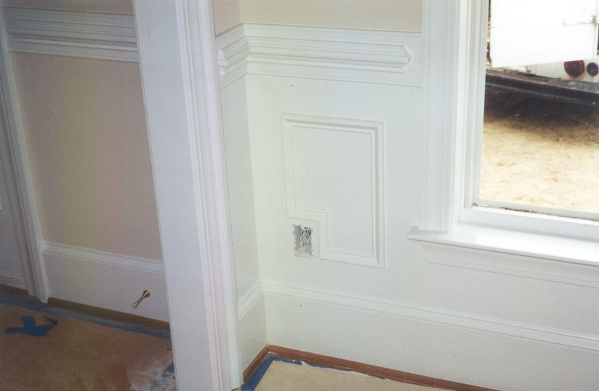 Nice Way To Deal With Outlets While Using Molding Wainscoting Styles Faux Wainscoting Wainscoting Bathroom