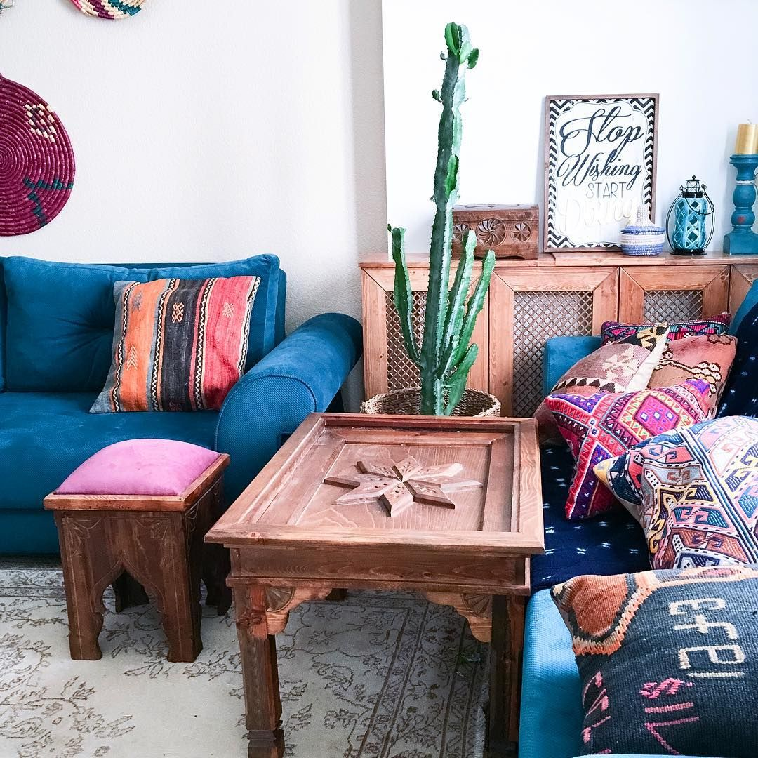 """""""Textiles on textiles, patterns on patterns.Love this our darling corner. Btw a few new rugs, that will take your minds away today, will be listed within…"""""""