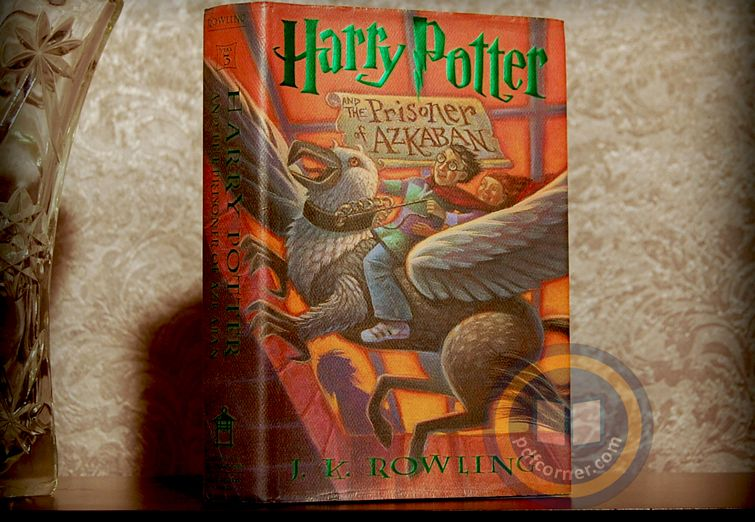 Download Harry Potter And The Prisoner Of Azkaban Pdf 3rd Book By J K Rowling Azkaban Prisoner Of Azkaban Book Prisoner Of Azkaban