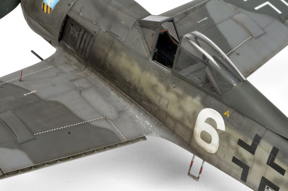 Fw 190a 8 R2 As Flown By Lt Gustav Gustl Salffner Of 7 Jg 300 In 1945 Sallfner Was Credited With 7 Confirmed Victories Model Airplanes Photo Model Aircraft