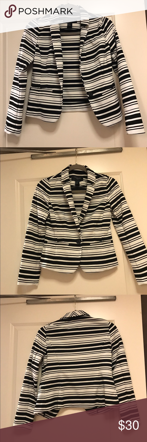 Ann Taylor Blazer Extremely comfortable blazer. It can be dressed down or up! More of a cotton fabric than a regular blazer. Only wore it once. Ann Taylor Jackets & Coats Blazers