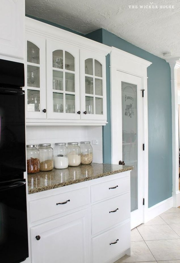 You Ll Rethink Your Kitchen Color When You See These 14 Paint