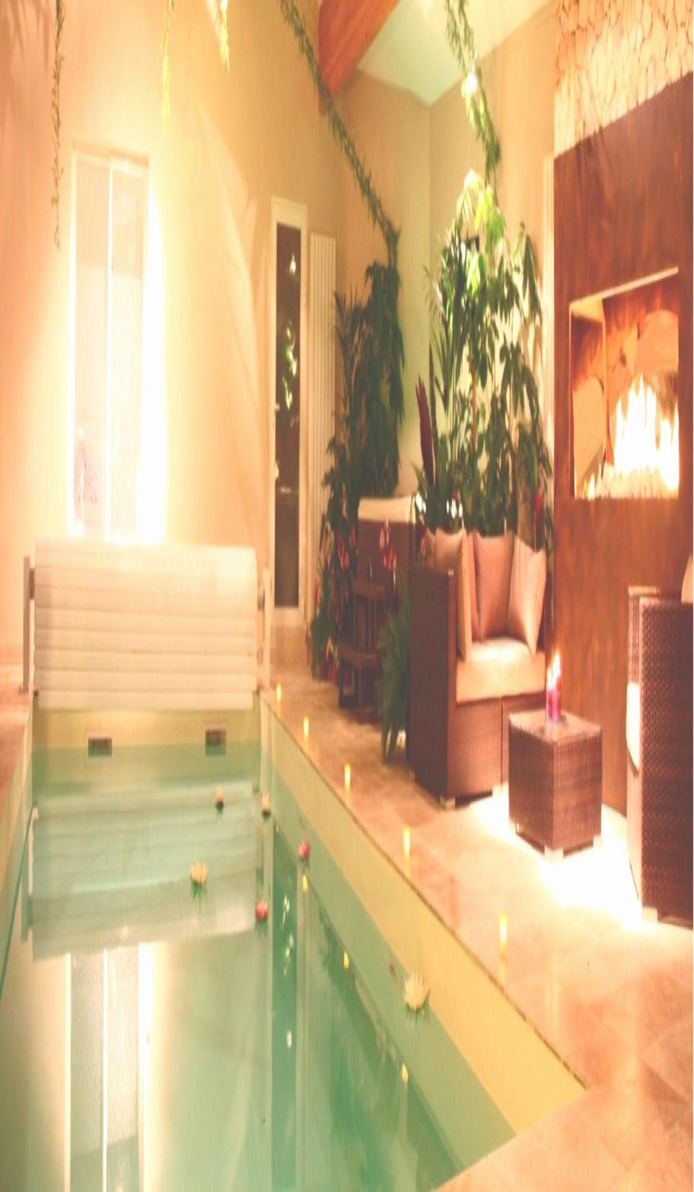 Genial Chambre Spa Privatif Nord In 2020 Corner Bathtub Corner Bathtub