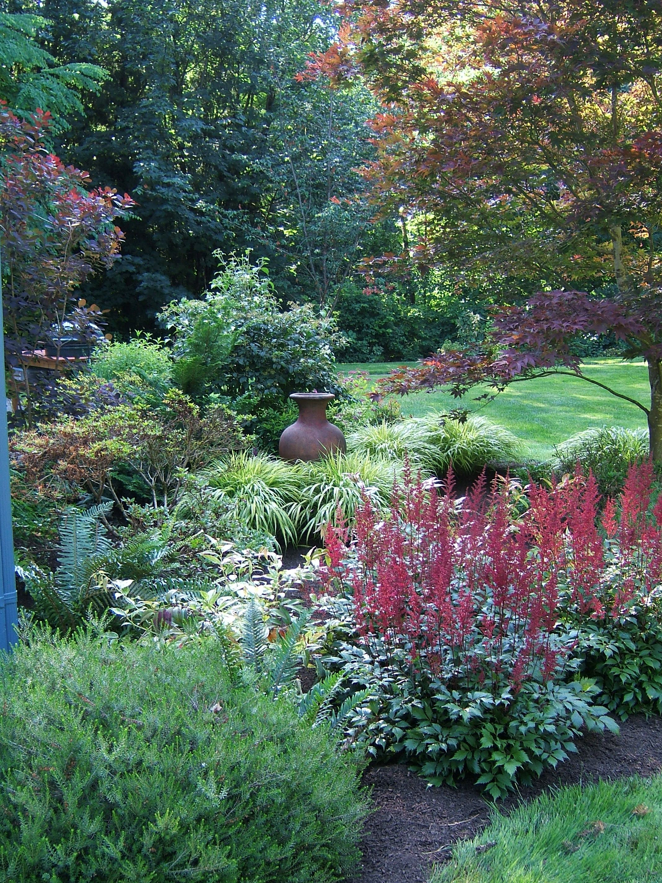 a solution to hide septic tank lids sublime garden design - Garden Ideas To Hide Septic Tank