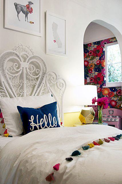 Bohemian Rhapsody Girls Room The Hunted Interior A space for the - schlafzimmer einrichten rosa