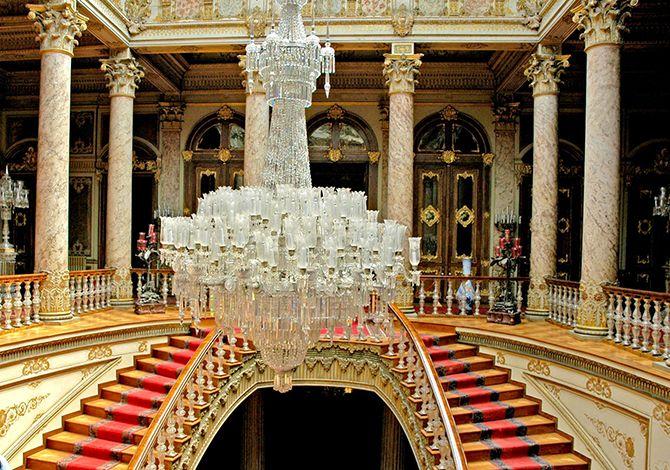 The Largest Vintage Chandelier In World Lovelighting