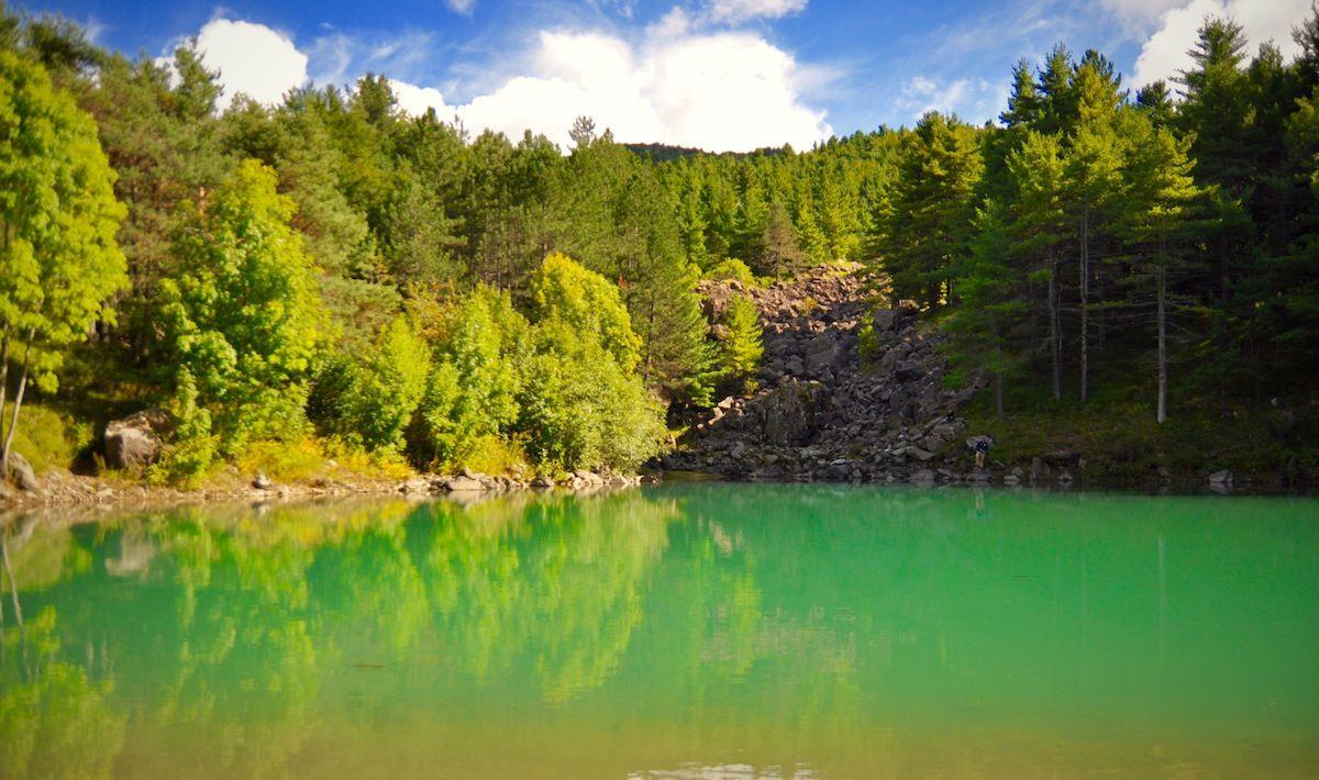 "Il bellissimo Lago Delle Lame in Liguria: http://blog.100days.it/parco-dell-aveto/ (The wonderful ""Lame Lake"" located in the Liguria region, Italy)"