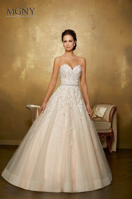 Omarosa Wedding Things Wedding Wedding Dresses Designer