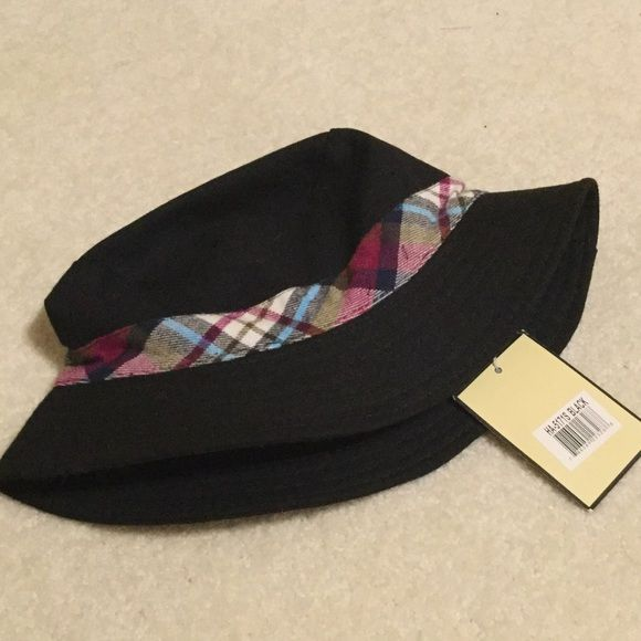 Super cute 100% cotton hat with flannel trim NWTs Perfect for the beach! Magic hat! Magid Hats Accessories Hats