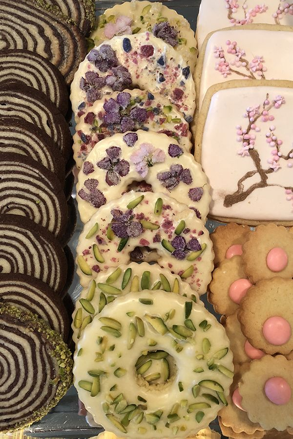 Easter cookies at marthas darcy miller designs marthastewart easter cookies at marthas darcy miller designs marthastewart holiday spring sweet negle Gallery