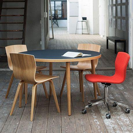 Stühle mit dem Zeug zum Klassiker von Niels Gammelgaard für Magnus Olesen