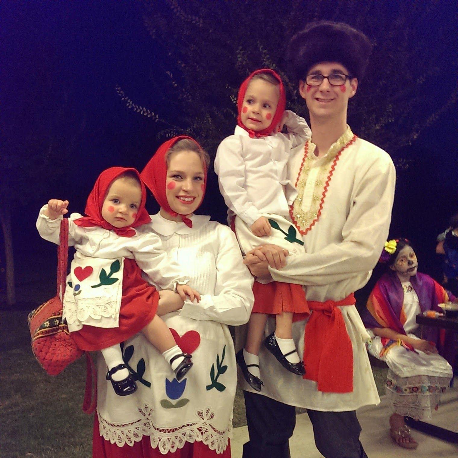 The Podge Files Diy Homemade Russian Nesting Dolls Family Costume
