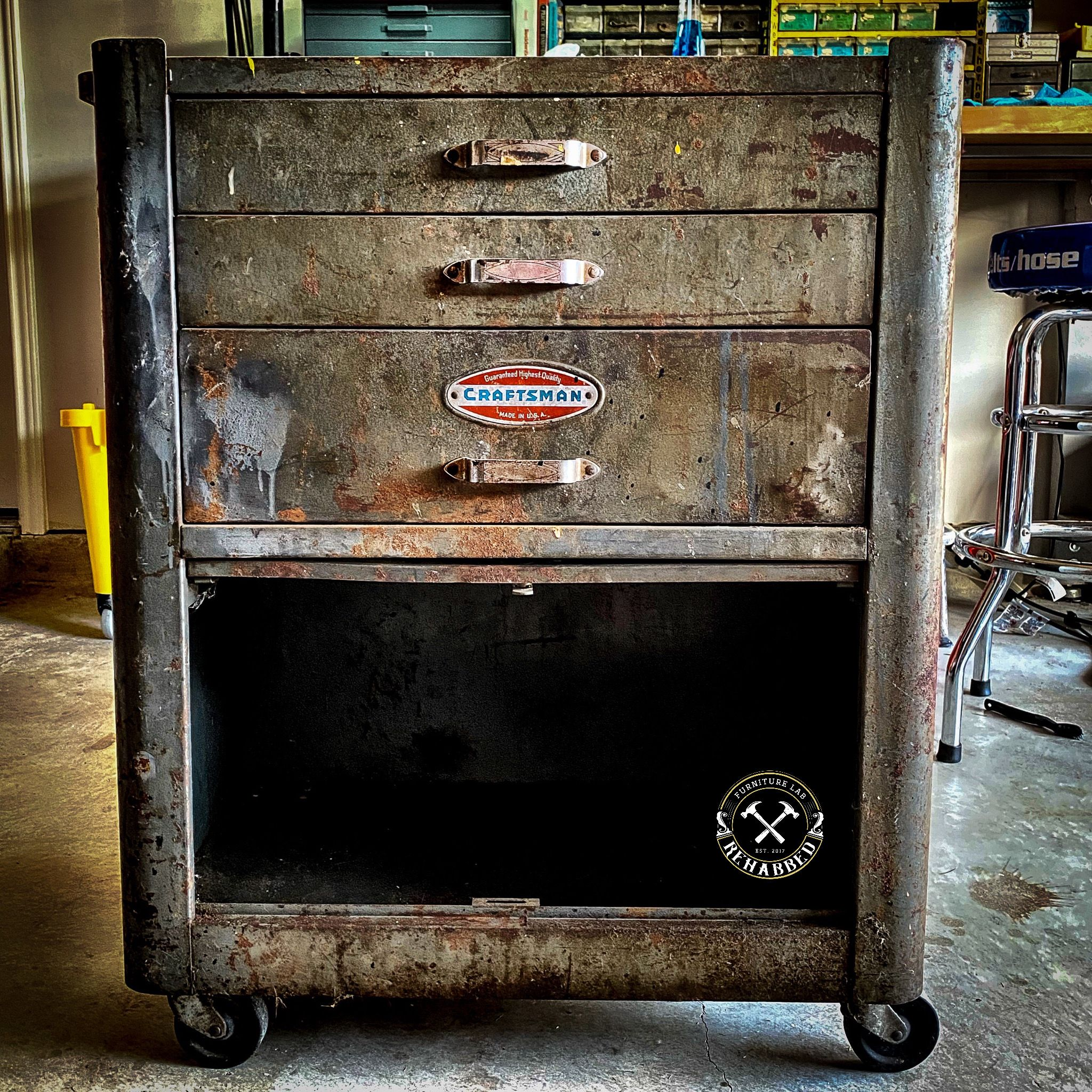 Vintage 1940 S Craftsman Roll Away In 2020 Old Tool Boxes Vintage Tools Craftsman Tools Chest