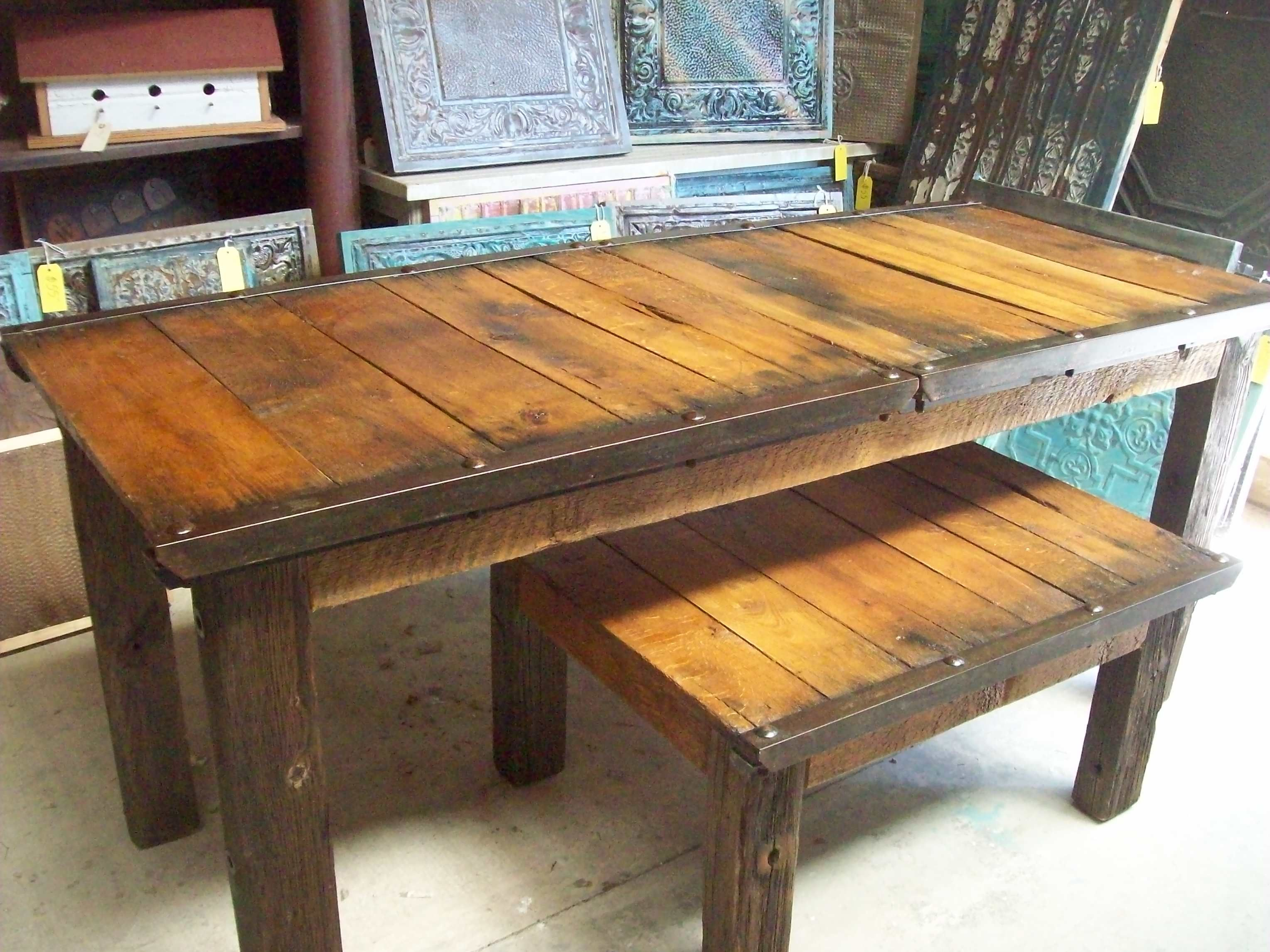 Heavy duty taables made from old brick pallets erik pinterest