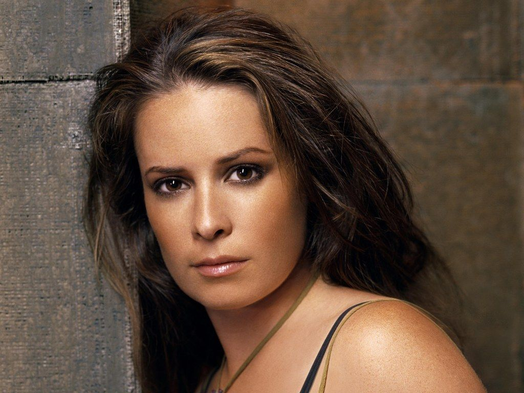 holly marie combs as piper credits