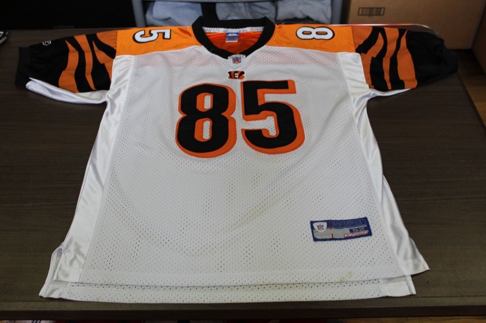 Chad Johnson Cincinnati Bengals Reebok Sewn NFL Football Jersey - Size 52    22.99 End Date  Thursday Dec-13-2018 18 38 48 PST Buy It Now… 7f0668786