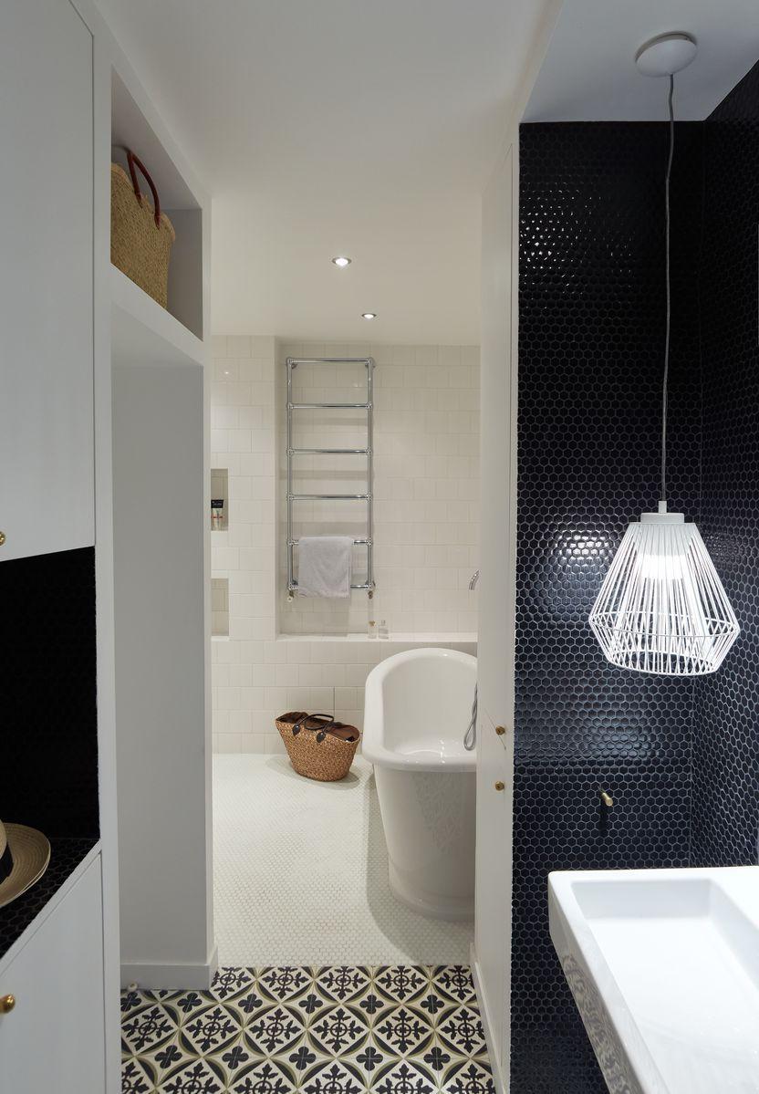 salle de bain appartement parisien de 106m2 gcg. Black Bedroom Furniture Sets. Home Design Ideas