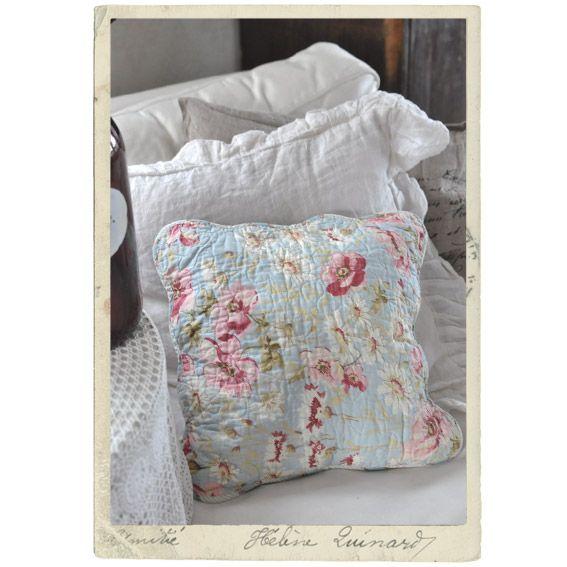 Tikattu tyynynpäällinen 40 x 40 cm, vaaleanpunainen & vaaleansininen