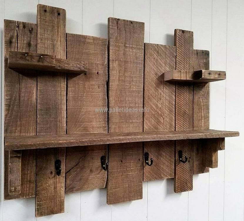 9 Diy Hat Rack Ideas For Any Home Muur Accessoires Hout Plakken Houtwerk