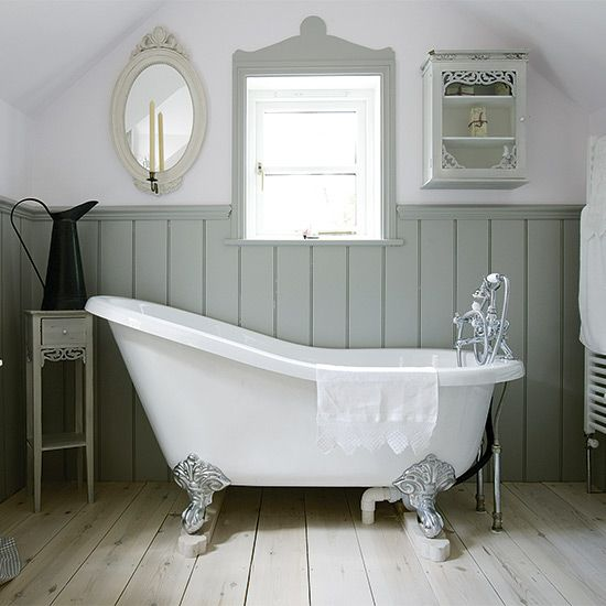 Lovely Ways To Decorate Your Country Bathroom Country Bathroom - Country bathroom makeovers