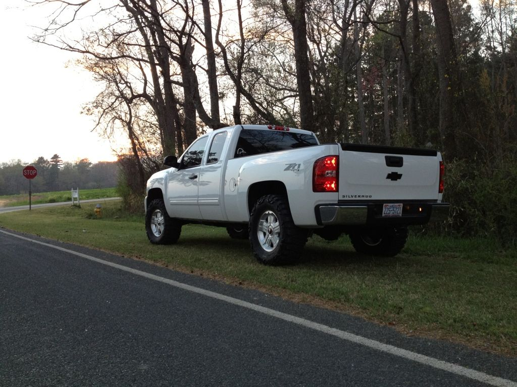 NNBS Level Only Pictures? - Page 183 - Chevy Truck Forum | GMC ...