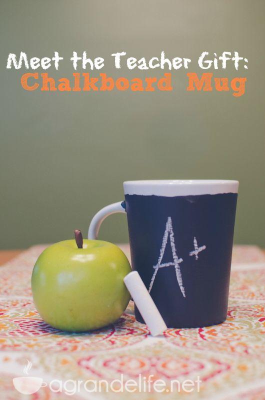 Meet the teacher gift chalkboard mug do it yourself pinterest meet the teacher gift chalkboard mug teacher gift diyteacher solutioingenieria Images