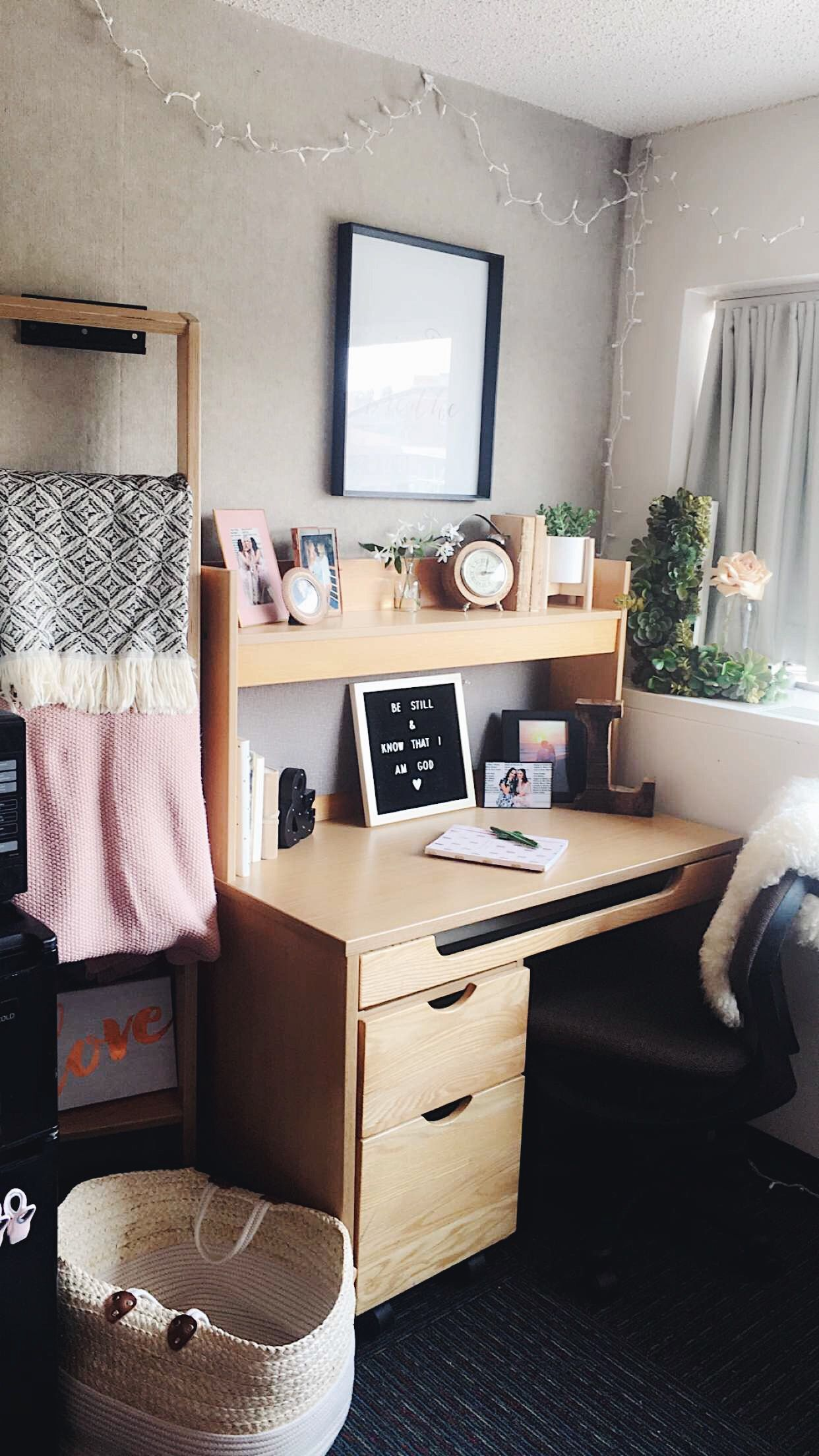 sarchappy dorm in 2019 dorm dorm room room rh pinterest com