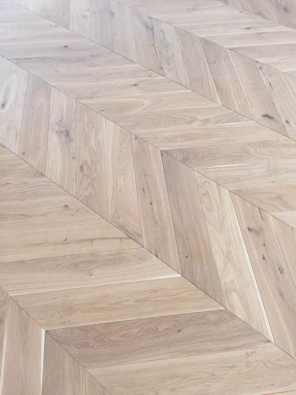 Engineered Oak Chevron Wood Flooring Golden Smoke Free