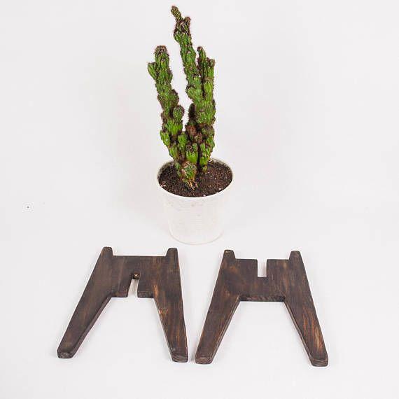 Vintage Wood Plant Stand Rustic Walnut Wood Planter 400 x 300