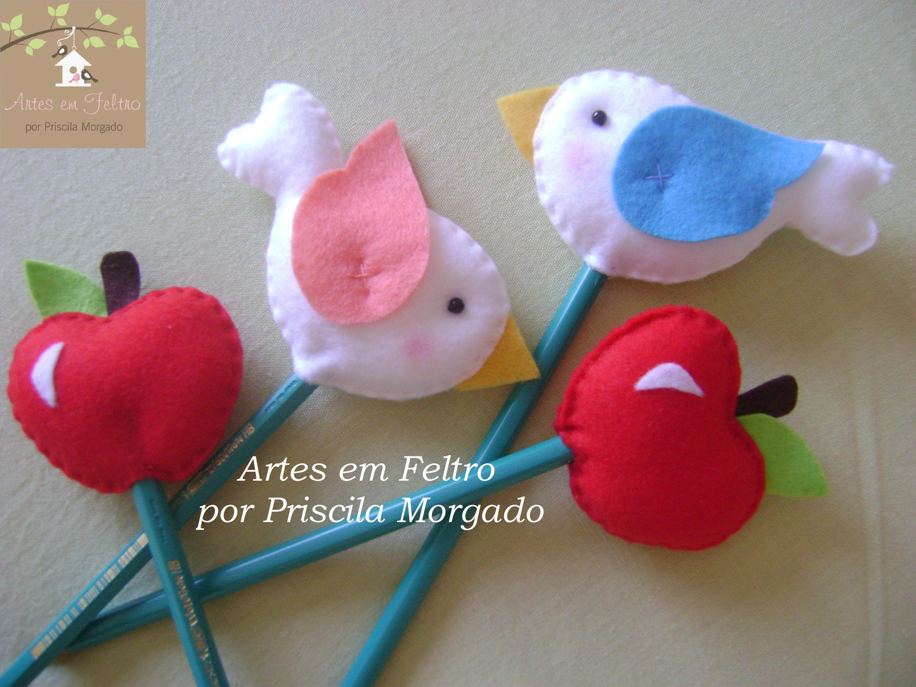 Ponteira lápis Branca de neve (maçã e passarinhos) - Artes em Feltro por Priscila Morgado