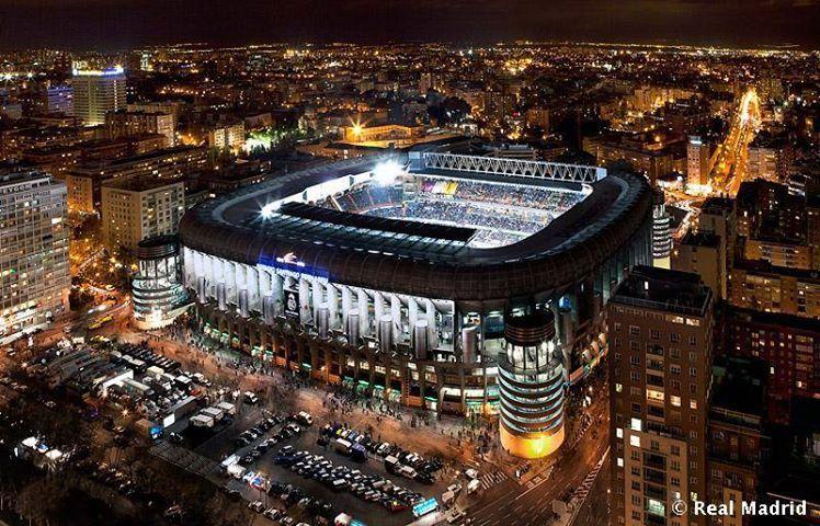 Estadio Santiago Bernabeu Noche De Champions Bernabeu Santiago Bernabeu Estadio De Futbol