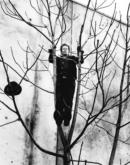 Tom Waits byAnton Corbijn